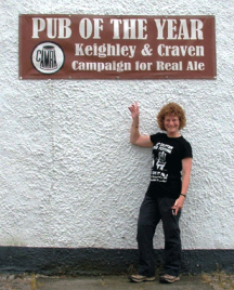 Tamsin Candeland, branch member, does her best to point out how to recognise a good real ale pub